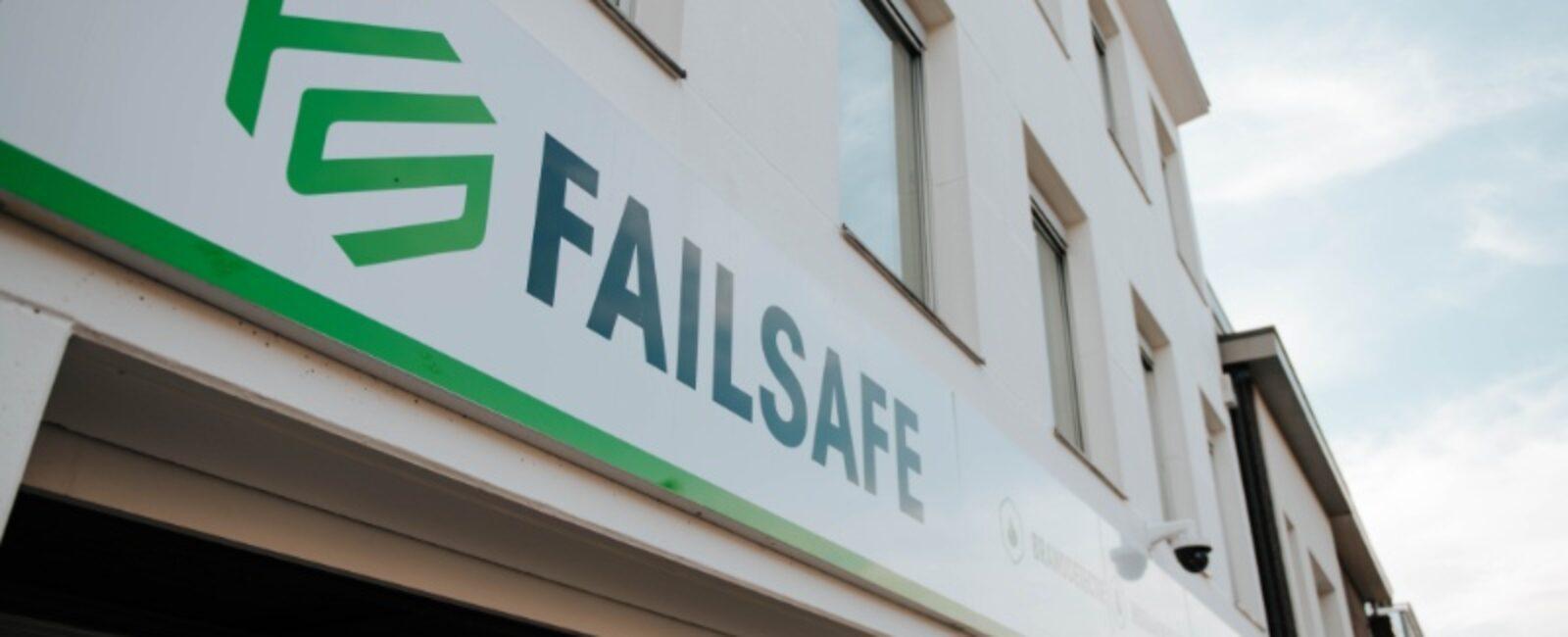 failsafe-contact-01